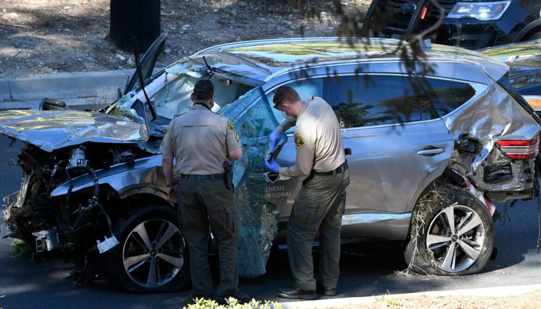 Polizei untersucht Datenschreiber aus Woods' Unfallauto